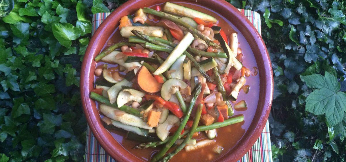 Moroccan Vegetarian Tagine - Tajine Vegetariano Marroquí